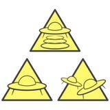 Três ícones de advertência do UFO - área da abducção, do ataque e da chegada Vetor no fundo branco ilustração royalty free