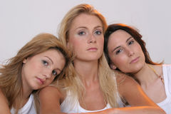 Três amigas Fotos de Stock Royalty Free