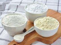 Três bacias com farinha sem glúten Imagens de Stock Royalty Free
