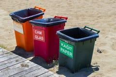 Três baldes do lixo plásticos para o lixo separado foto de stock royalty free