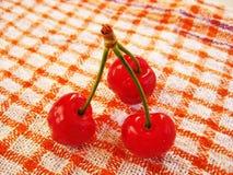 Três cerejas Foto de Stock