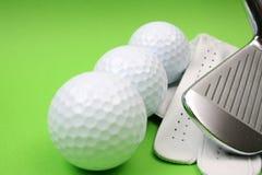 Três esferas de golfe Fotografia de Stock Royalty Free