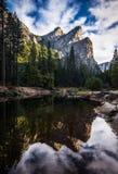 Três irmãos sobre o rio Yosemite de Merced Foto de Stock