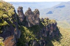 Três irmãs são o Mountains' azul a maioria de marco impressionante Localizado em Echo Point Katoomba, Novo Gales do Sul, Austrá fotografia de stock royalty free