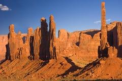 Três irmãs, vale do monumento, o Arizona Fotografia de Stock Royalty Free
