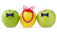 Três maçãs como um conceito da competição Imagens de Stock