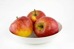 Três maçãs maduras foto de stock royalty free