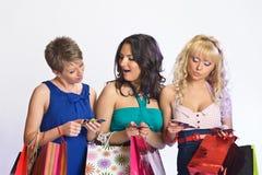 Três meninas após a compra Imagem de Stock