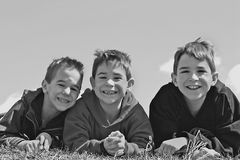 Três meninos imagens de stock royalty free