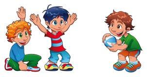 Três miúdos estão jogando Foto de Stock