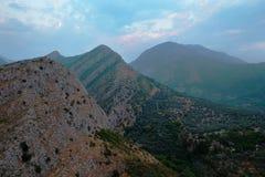Três montanhas Fotos de Stock