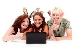 Três mulheres atrativas novas imagem de stock