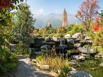 Três pagodes em Dali, China Fotografia de Stock Royalty Free