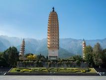 Três pagodes em Dali, China Fotografia de Stock