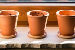 Três potenciômetros de flor vazios Fotos de Stock