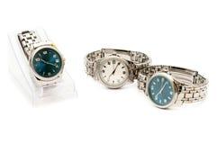 Três relógios de pulso inoxidáveis do `s dos homens Foto de Stock Royalty Free