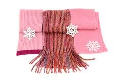 Três scarves cor-de-rosa bonitos do inverno com flocos de neve Imagem de Stock