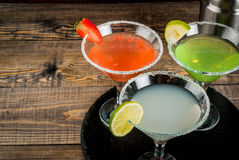 Três tipos de cocktail alcoólicos com martini Fotos de Stock Royalty Free