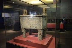 Trípode de bronce en Yinxu Meseum China Imagen de archivo