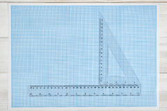Trójbok i prosta centymetrowa władca na projekcie Obrazy Stock
