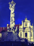 Trójcy kolumna i franciscion kościół St Pölten krzyż przetwarzający Zdjęcie Royalty Free