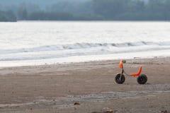 Trójkołowiec na plaży Zdjęcia Royalty Free