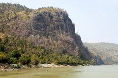Trópicos do rio de Irrawaddy imagens de stock