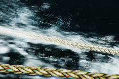 Trödel, Trosse mit undeutlichem Hintergrund Lizenzfreie Stockfotografie