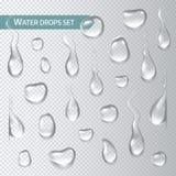 Tröpfchen des Wassers auf einem transparenten Hintergrund Auch im corel abgehobenen Betrag Stockfoto