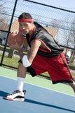 Tröpfelnder Basketball-Spieler Stockfotos