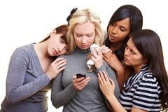 trösta SAD kvinnor för vän Arkivfoton