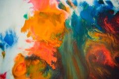 Trąby powietrznej vortex rozszerzanie się barwiący atrament barwi na białym tle Zdjęcia Royalty Free