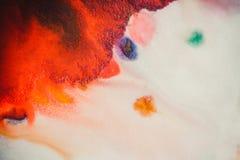 Trąby powietrznej vortex rozszerzanie się barwiący atrament barwi na białym tle Fotografia Stock