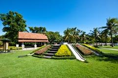 trädgårds- lekplatser Royaltyfria Bilder