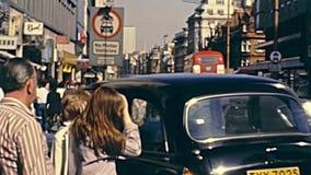 Tr?fico de la calle de Londres metrajes