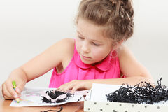 Tração da menina na sala de aula Fotografia de Stock