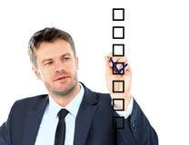 Tração do homem de negócio com o marcador no espaço vazio da cópia isolado no wh Imagens de Stock