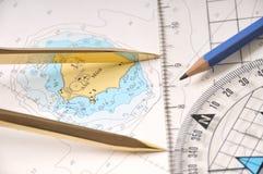 Traçage sur un Seamap Photos stock