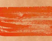 Traçages de peinture Colorwater peint par rouge sur le fond de mur Images stock