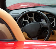Traço do carro de esportes exótico vermelho Fotos de Stock Royalty Free