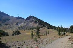 Traînée au lac crater Photos libres de droits