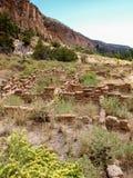 Traînée aux ruines en monument national de Bandelier images stock
