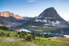 Traînée cachée de lac, parc national de glacier, Montana, Etats-Unis photo libre de droits