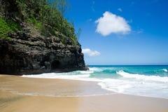 Traînée de Kalalau, plage Kaui images libres de droits