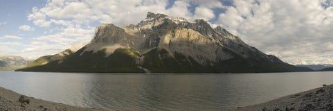 Traînée de Minnewanka de lac Image libre de droits