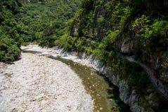 Traînée de Shakadang en parc national de Taroko, Taïwan le 30 avril 2017 Photographie stock libre de droits