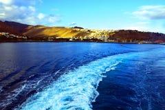 Traînée du ferry de départ photo libre de droits