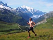 Traînée fonctionnant en Chamonix France Photos stock