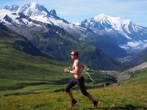 Traînée fonctionnant en Chamonix France Photos libres de droits