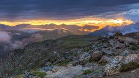 Traînée Ridge Road Clearn Storm Sunset images libres de droits